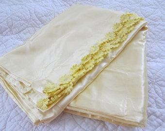 OOAK Pair Yellow Pure Satin Pillow Cases Hollywood Regency Standard Shams Cottage Shabby Chic Bedding Paris Apartment French Hair PILLOWS