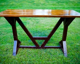 Farmhouse Architectural English Style Bar Table