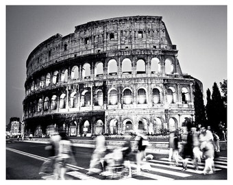 Monochrome image of the colosseum, Rome