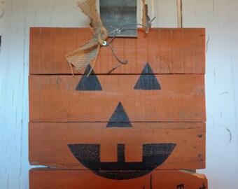 Items similar to Wooden Pumpkin Pallet on Etsy