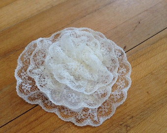 Small Lace Flower Hair Clip