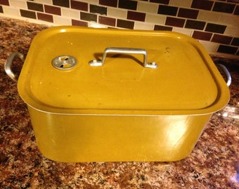 Vintage Roaster Steamer Pan in Gold Enamel Color