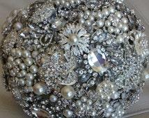 Handmade Stunning wedding brooch bouquet