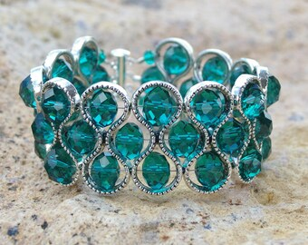 SEA GREEN BRACELET, bangle, crystal, beads, figure 8 frames, gift, any occasion gift, jewelry, handmade, one off