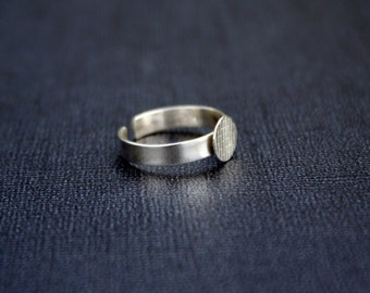 8mm disc 925 sterling silver ring base, silver pad ring blank, adjustable ring base.