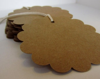 25 Kraft Scalloped Circle Pre-Strung Tags