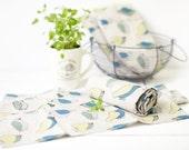 Linen towels - Linen tea towels with birds- Linen kitchen towels set of 2 with green blue birds print