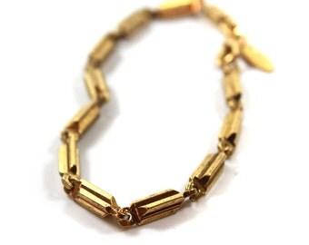 Vintage Oscar De La Renta 7 Inch Gold Tone Links Bracelet #OS112