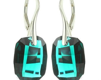 925 Sterling Silver Faceted Graphic Swarovski Crystal Leverback Earrings