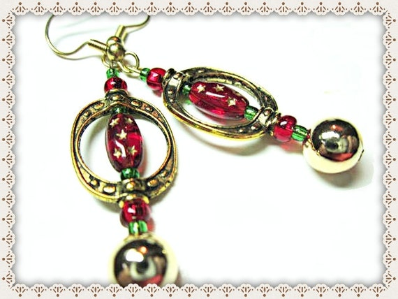 Red Dangle Earrings~Red Christmas Earrings~Women's Red Christmas Earrings~Christmas Wear~Women's Wear