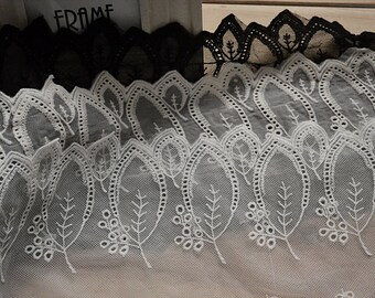 Ivory Embroidered Leaf Lace Trim, Off White Wedding Dress Trim, Forest Bride, Leaf Design Trim