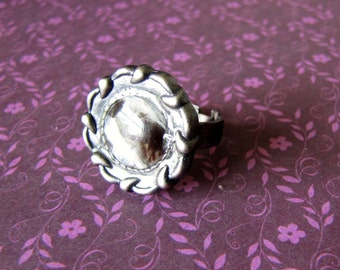 Marble Centered Metal Button Ring