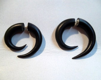 Fake Gauge Earrings with clay - Tribal Spirals