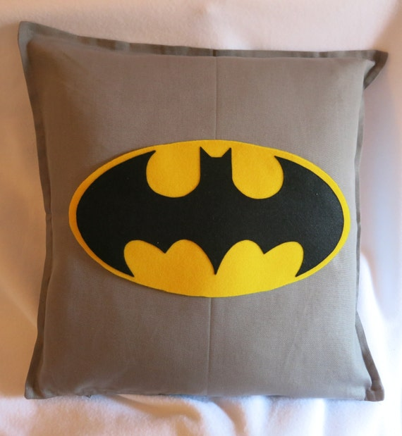 batman pillow cover 20 x 20 with zip 100 cotton by testedipezza. Black Bedroom Furniture Sets. Home Design Ideas