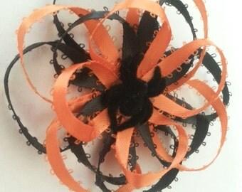 Halloween- Halloween Black and Orange Hair Flower with Spider- Halloween Hair Flower with Spider- Bows with Spiders- Hair Flowers- Hair Bows