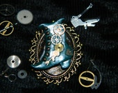 Steampunk Ladies Victorian Style Boot Brooch