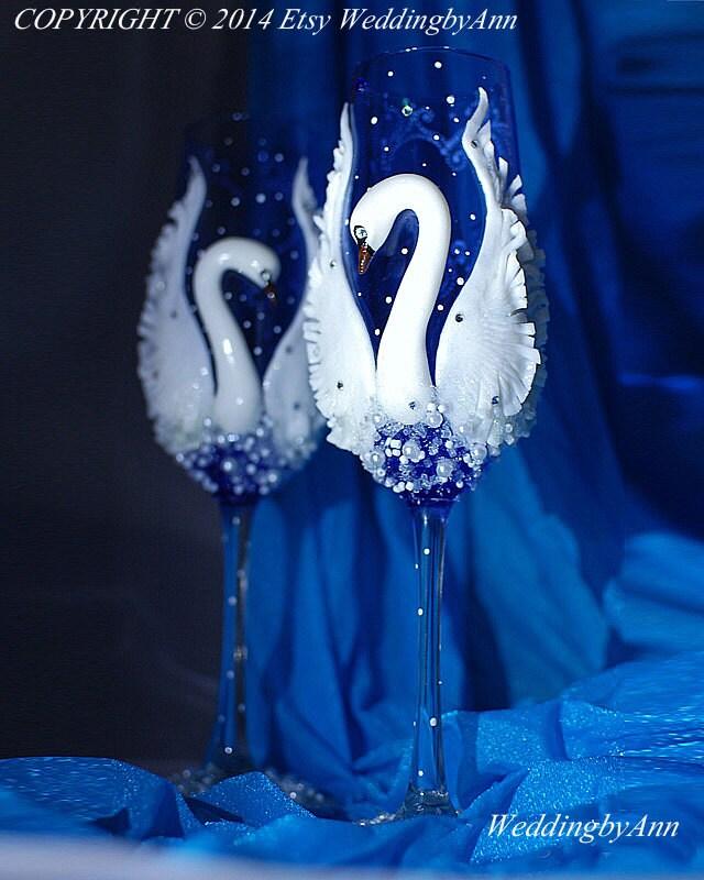 Plastic Swans For Wedding Cakes