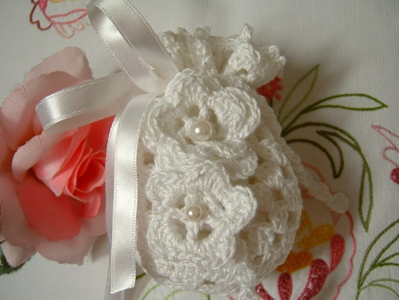 Crochet Wedding Gift: Crochet Wedding Favor Bag. White Cotton Wedding Favor. Door