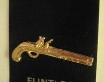 Flintlock Hand Gun Cool Replica Gun Pin - Metal -  Gold Tone - Made in USA - 1980's - Mounted on Card
