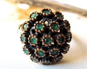 Exotic emerald  925 sterling silver Turkish emerald ring.