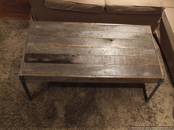 The horizontal distressed wood with nail heads coffee table for Table th horizontal