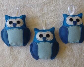 Set of 3 felt blue owls 13 cm