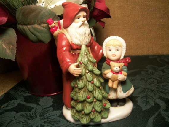 Christmas figurine old world santa claus with girl bear and