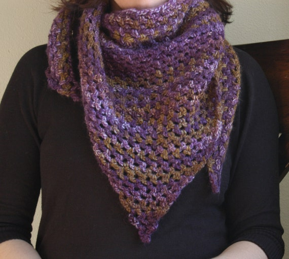 Double Crochet Triangle Shawl Pattern : Crochet Triangle Scarf Shawl