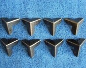 8pcs 22mmX22mmX22mm color antique brass metal Decorative Corner Bracket for Chest Case Box u32