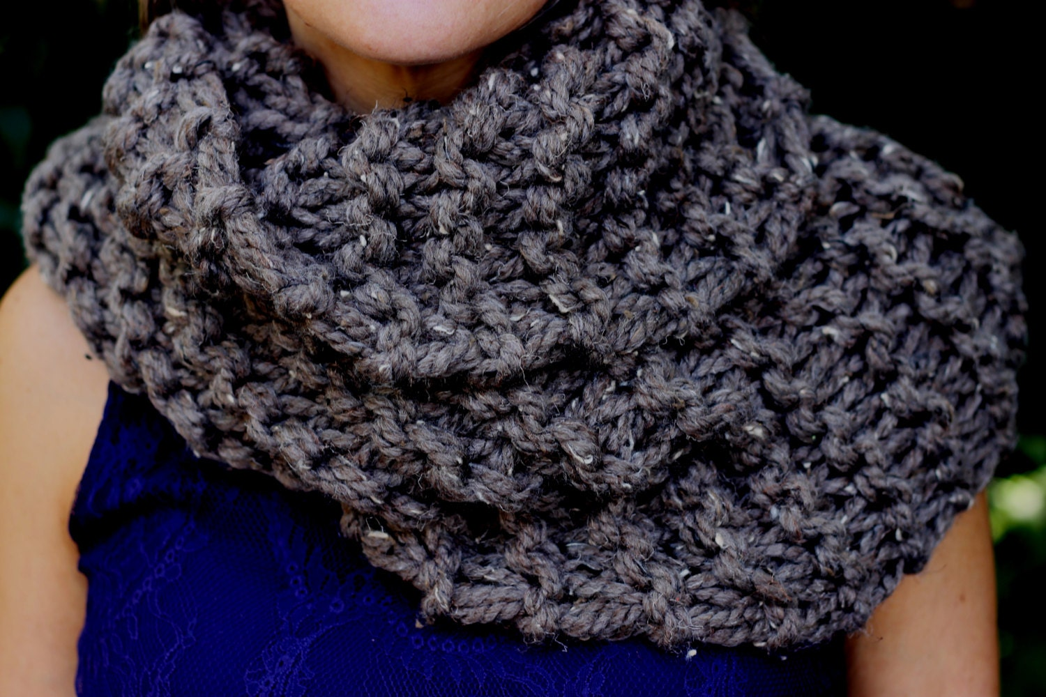 Sassenach inspired claires mobius cowl knitting pattern zoom bankloansurffo Image collections