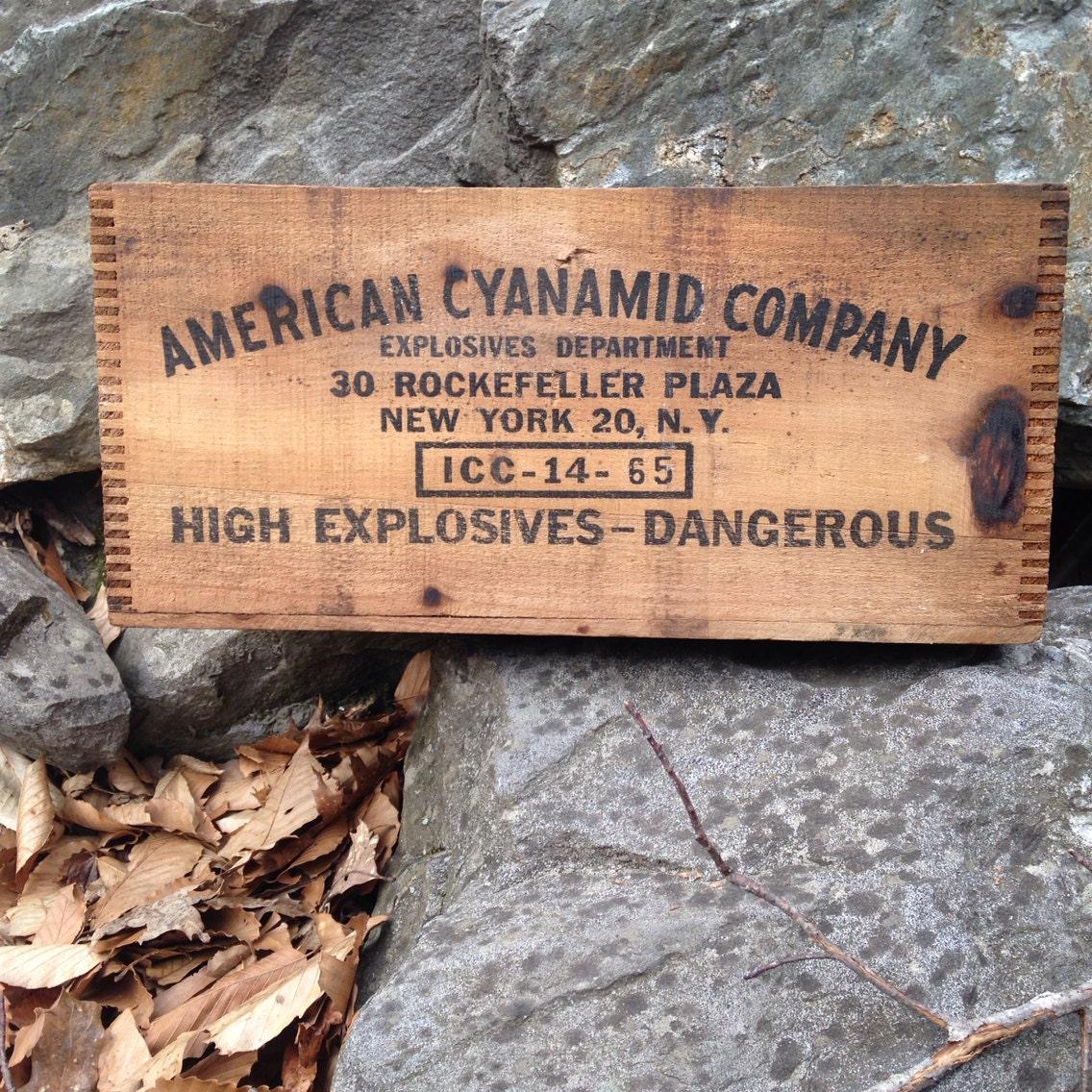 American Cyanamid Company 50lb Dynamite Explosives Crate