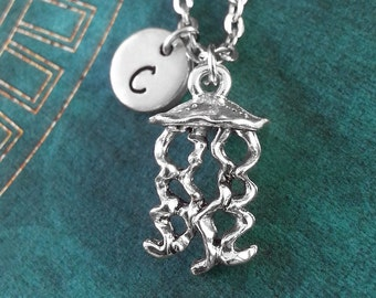 Jellyfish Necklace, Personalized Necklace, Jellyfish Pendant, Jellyfish Jewelry, Jellyfish Charm Necklace, Animal Jewelry, Fish Necklace