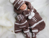 Football Themed Cocoon Baby Gift Set LOOM Knitting Pattern: PATTERN ONLY Includes Coccoon, Booties, Hat & Bonus Pattern for Football Buttons