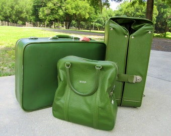Vintage Amelia Earhart Luggage Set Suitcase Retro green color