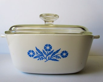 Vintage Blue Corn Flowers Corning Ware 1 3/4 Quart baking dish with lid