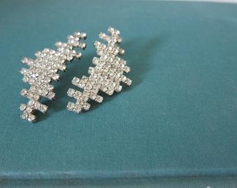 Vintage Rhinestone Glamour Post Earrings