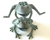 Bronze Leaping Frogs Statue, Garden Decor Flower Frog