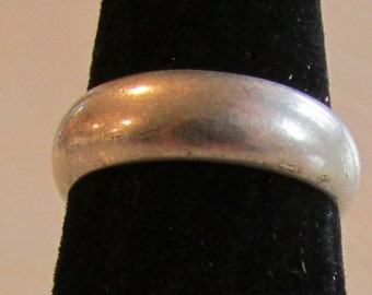 Sterling Silver Band Ring Size 7 1/2