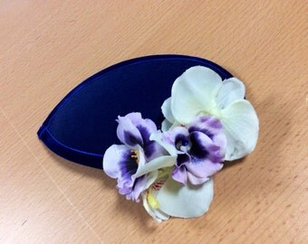 Fascinators and hair accessories made to order