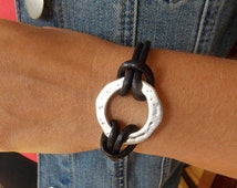 Infinity Circle Leather Bracelet with Magnetic Clasp