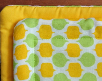 Lemon-Lime Hot Pad-Table Runner-Eco-friendly-Reversible