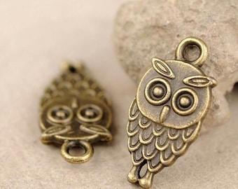 10 pcs Antique Bronze / Brass Ox Owl Charms / Owl Pendants