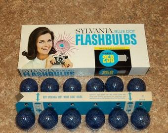 Sylvania Blue Dot Flashbulbs Twelve Blue Blubs Press 25B Photography Vintage New Old Stock