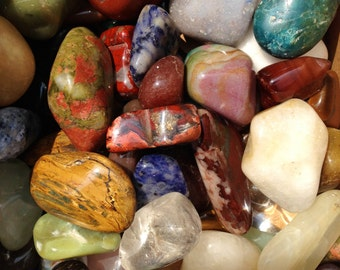 """1/2 lb MIXED TUMBLED STONES Tumbled Crystal Healing Stones 3/4"""" to 2"""" ~ Jewelry & Crafts"""