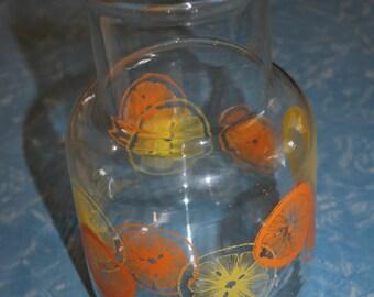 Classic Pyrex Jug with Orange and Lemon Design