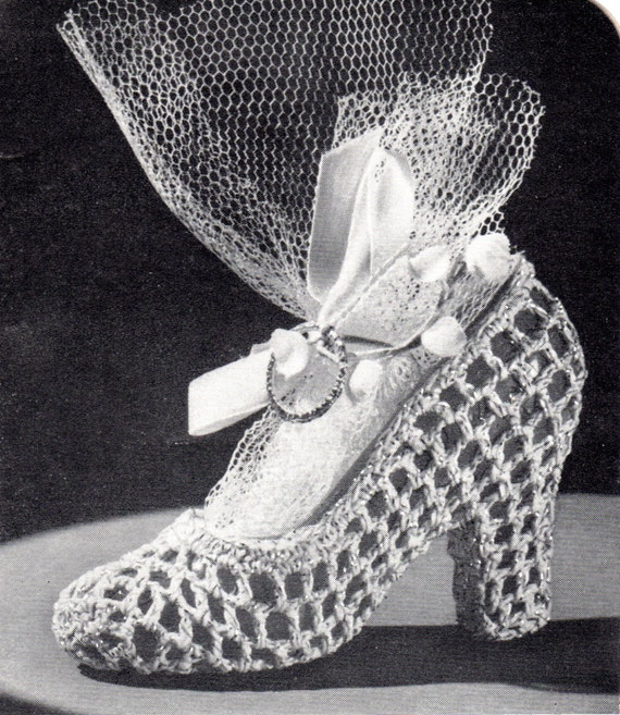 Crochet Wedding Gift Patterns: Items Similar To Shoe Favor