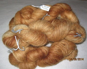 Icelandic pure wool, hand dyed with Parmelia Saxatilis. 0613-1