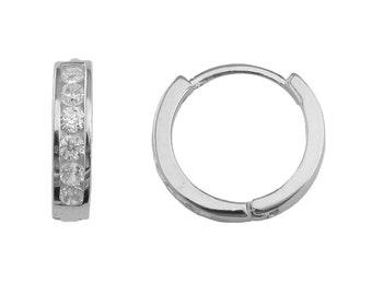 SH19 Sterling Silver Brilliant Cut 0.3 Carat Cubic Zirconia 11mm Huggie Hoop Earrings