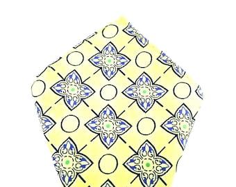 Mens Pocket Square. Yellow pattern Handkerchief.Formal Suit .Pocket squares. Hanky. Tuxedo Tie Necktie Pocket Square.