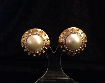 1986-1992 CHANEL Earrings.